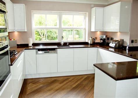 white gloss kitchen ideas handleless white gloss kitchen modern kitchen design