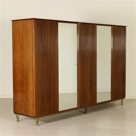 armadio anni 50 mobile armadio anni 50 legno impiallacciato bois de