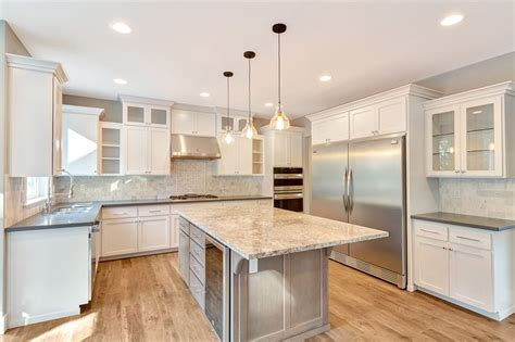 mixing kitchen cabinet colors mixing cabinet colors and granite quartz counters is a