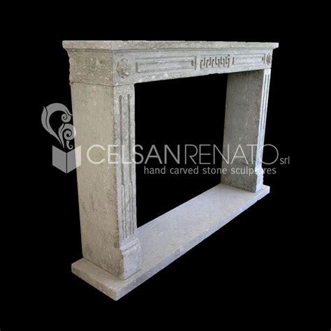 cornici per caminetti realizzazione cornici per caminetti in pietra di vicenza e