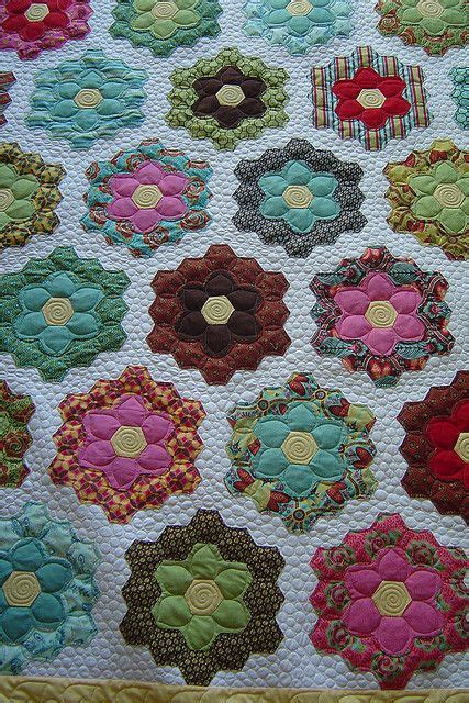 hexagon flower pattern quilt new way to quilt gfg jessica s quilting studio