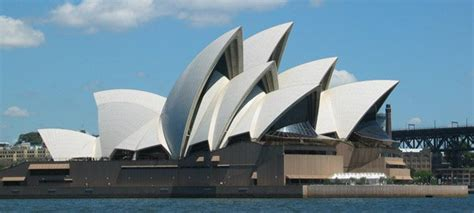 most famous architects 20 exles of famous architecture of the world art and