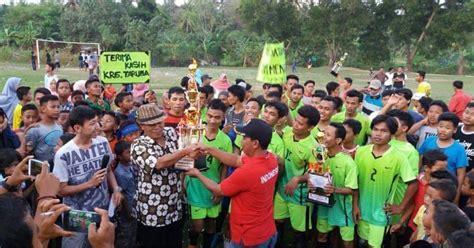 Bibit Welut cisara fc juarai turnamen sepakbola karang taruna trumbu