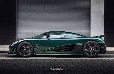 Carbon Fiber Wheels Koenigsegg by Green Carbon Clad Koenigsegg Agera S Side View Carbon