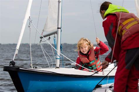 open zeilboot beginners zeilles in friesland