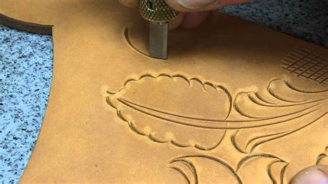 Carving Leather By Hand With Barry King Swivel Knife Youtube Leather Cutting Templates