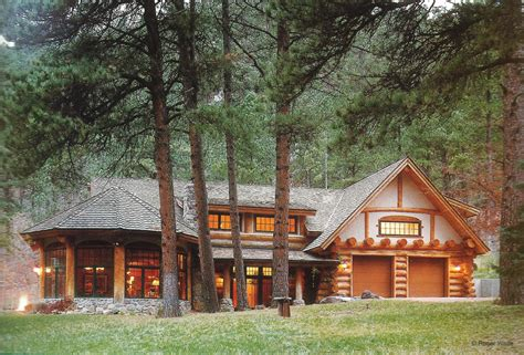 Handcrafted Log Homes - exterior work handcrafted log homes
