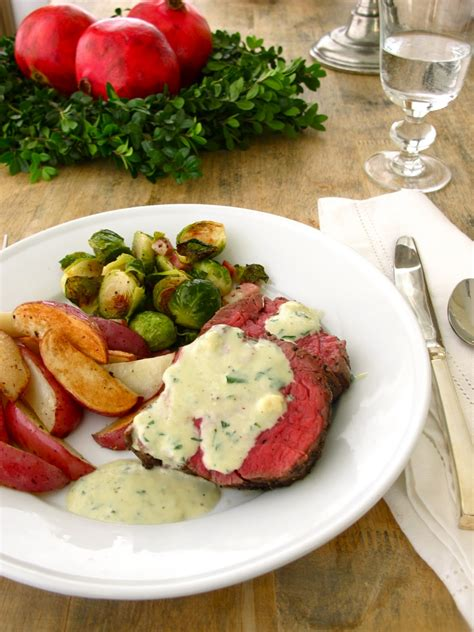 Beef Tenderloin Menu Dinner Party | jenny steffens hobick blue cheese sauce for beef