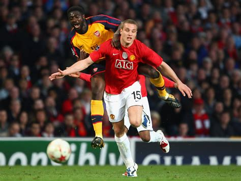 arsenal manchester united kolo toure in manchester united v arsenal uefa chions