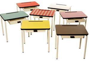 retro school desks and chairs for study space