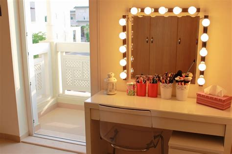 makeup mirror with lights and desk everything you need to know about making diy vanity