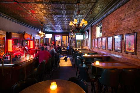 top bars chicago the best bars in wicker park chicago the infatuation