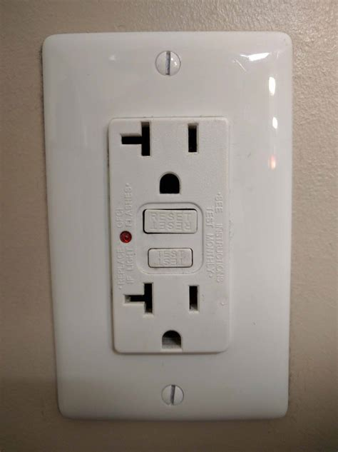 how to reset bathroom outlet gfci afci outlets
