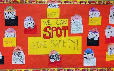 kitchen fire safety bulletin board myclassroomideas com best 11 fire safety bulletin board ideas classroom
