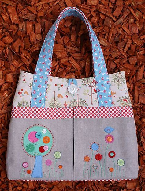 Tote Bag Pattern Australia   melly and me flower garden bag tote purse sewing pattern