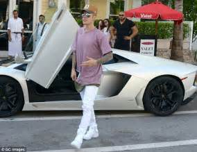 justin bieber new cars justin bieber s cars suvs are drool