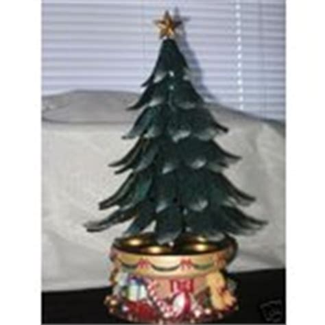 retired partylite glowing christmas tree musical 12 16