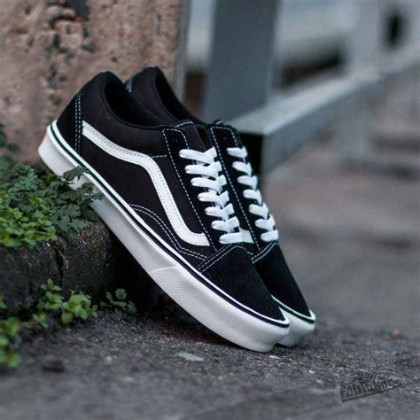 Vans Schol Black White vans skool lite suede canvas black white footshop