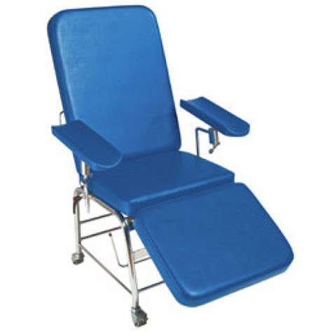 Reclining Phlebotomy Chair by Plinth 2000 Reclining Phelbotomy Chair 113b Phlebotomy Chairs Furniture