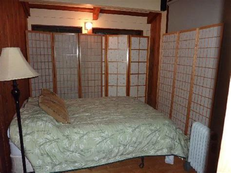 bedroom privacy screen small bedroom with double bed privacy screens