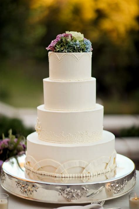 Wedding Cake Simple by Simple Wedding Cake With Hydrangeas