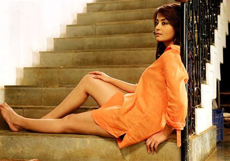 casting couch the movie surveen chawala confesses facing casting couch in film