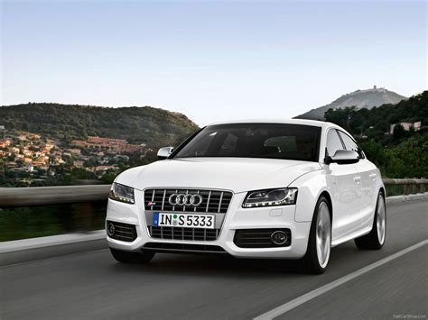 Audi S5 Sportback (2011) picture #02, 1600x1200