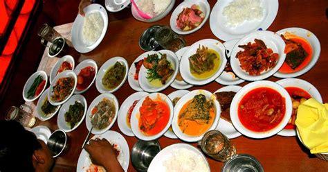 Rendang Solok kuliner dan restoran padang favorit di sumatera barat
