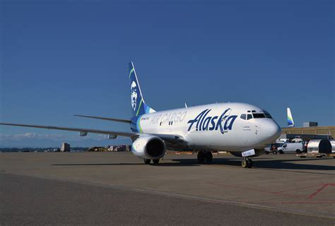 alaska air cargo introduces world s converted 737 700 freighter canadian shipper