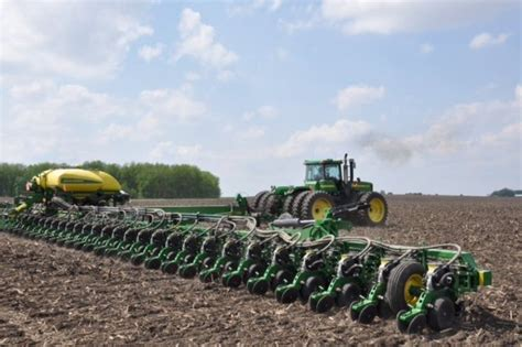48 row planter 48 row corn planter deere forum yesterday s tractors
