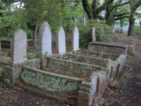Old Burying Ground ? Beaufort, North Carolina   Atlas Obscura