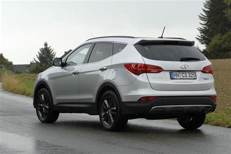 Hyundai Santa Fe Price In India by Hyundai Santa Fe Price Review Pics Specs Mileage In Html