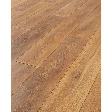 Laminate Flooring Uk by Wickes Aspiran Oak Laminate Flooring Wickes Co Uk
