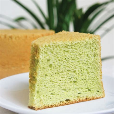 best new year cake singapore 20 best singaporean desserts and where to find them