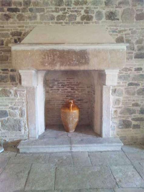 caminetti rivestiti in legno best antico camino in pietra with caminetti rivestiti in