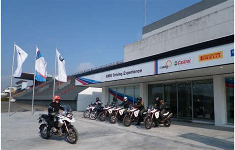 Bmw Motorrad Escuela De Manejo by Comienza El Bmw Motorrad Rider Experience Autocosmos