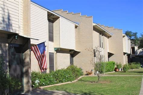 1 bedroom apartments for rent in edinburg tx sherwood apartments 801 greenbriar drive edinburg tx