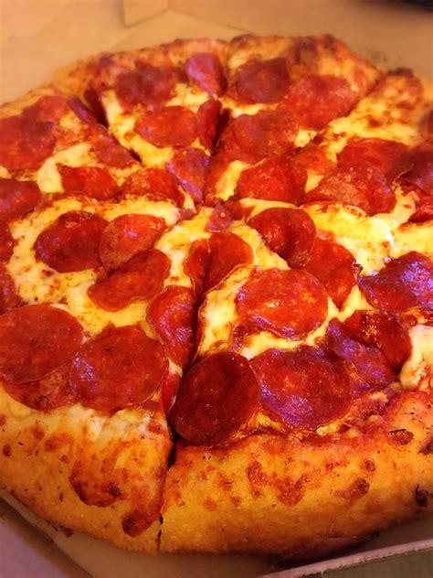 medium hand tossed pepperoni yelp medium pizza with marinara sauce cheese pepperoni with