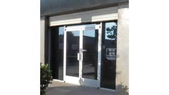 Single glass storefront door 19d info
