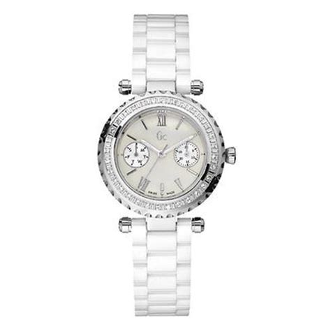 Guess Collection Gc Diver Chic Ceramic 43001m2s guess collection gc precious diver chic ceramic i01200l1