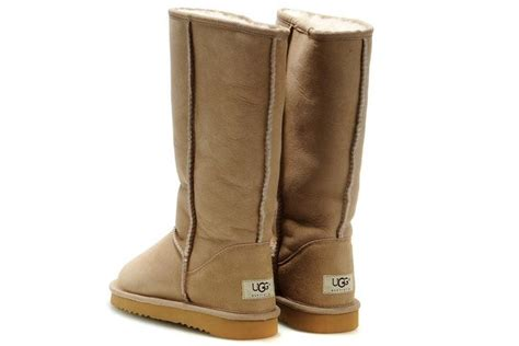 mens ugg style boots cheap best 25 uggs ideas on mens ugg slippers