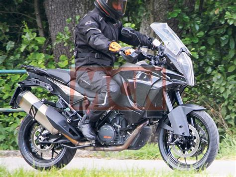 Ktm Adventure Bike Ktm Heavily Updates 1190 Adventure Bike For 2017
