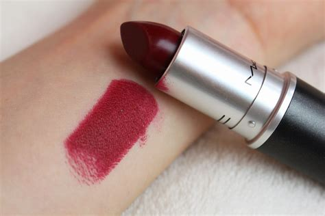 mac diva lipstick review photos swatches temptalia girly frame mac lipstick in diva review and swatch