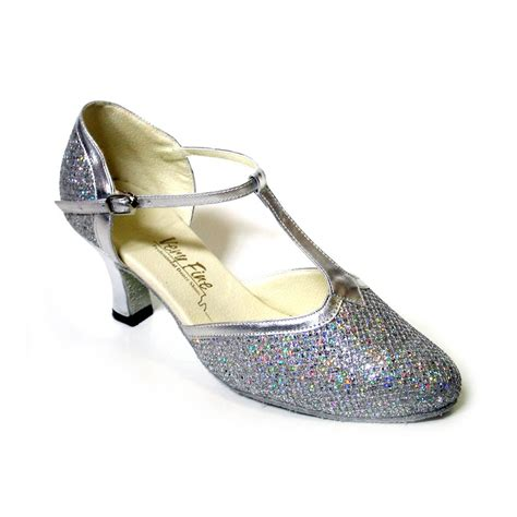 sparkly closed toe shoe for salsa