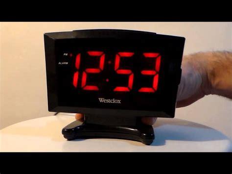 westclox 70028 large display plasma digital led alarm clock