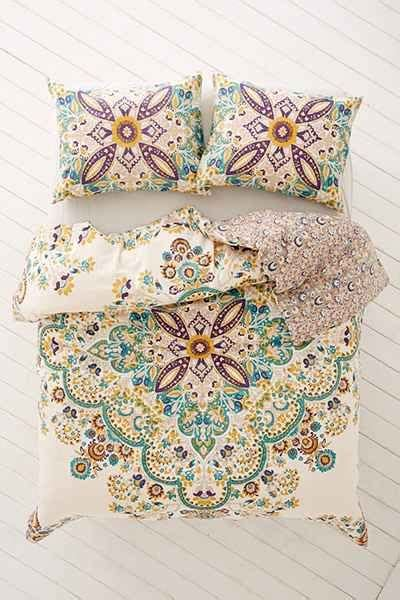 you are comforter we love this comforter need to buy urbanoutfitters com