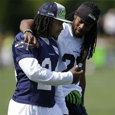 marshawn lynch bench press nfl news and notes aug 1 sfgate