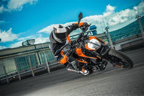 Ktm Motorrad Erfahrung by Ktm 125 Duke Test Gebrauchte Bilder Technische Daten