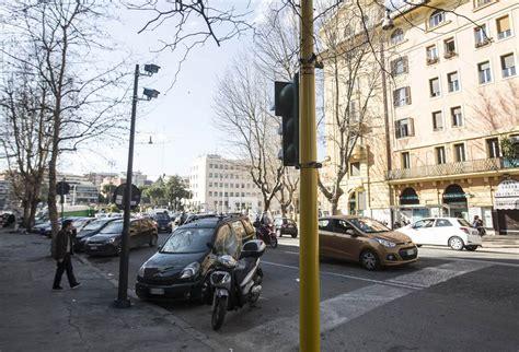 agenzia mobilita roma turistici gli occhi elettronici sui turistici corriere it