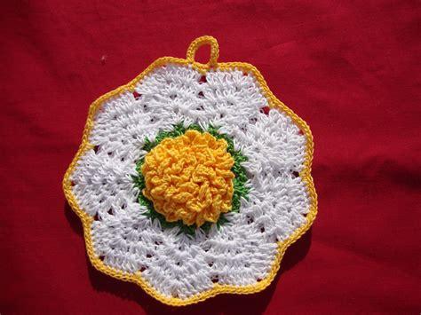 fiore uncinetto spiegazioni le fragole di stoffa presine all uncinetto con fiore